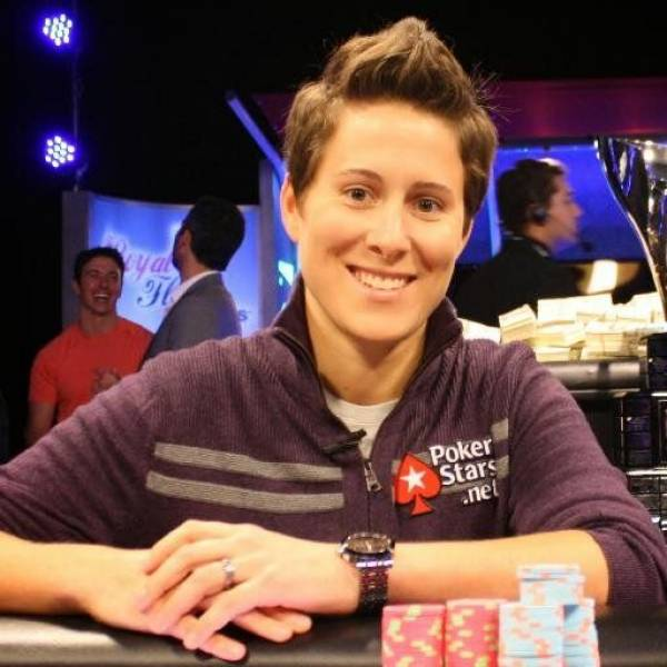 Women sport features - The Women Who Turned the Tables in the Poker World