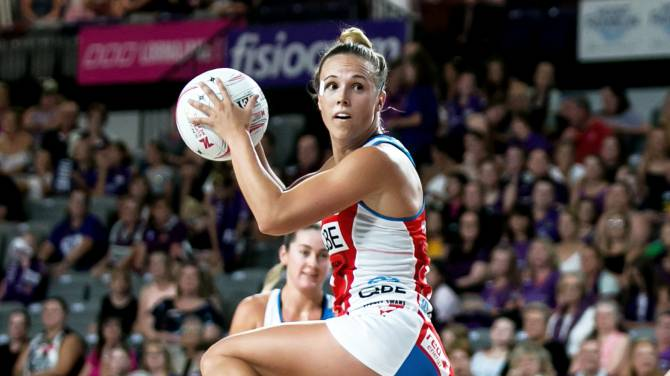 Women sport news - Hadley elevated into Samsung Diamonds squad