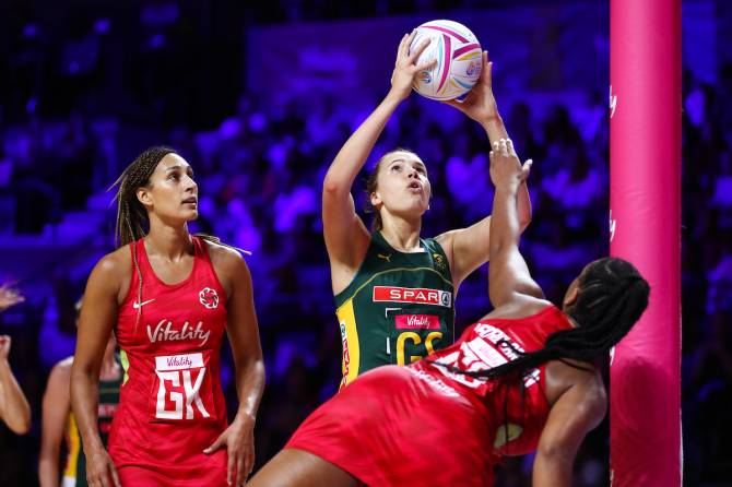 England blast South Africa aside to set up a Silver Ferns Semi Final