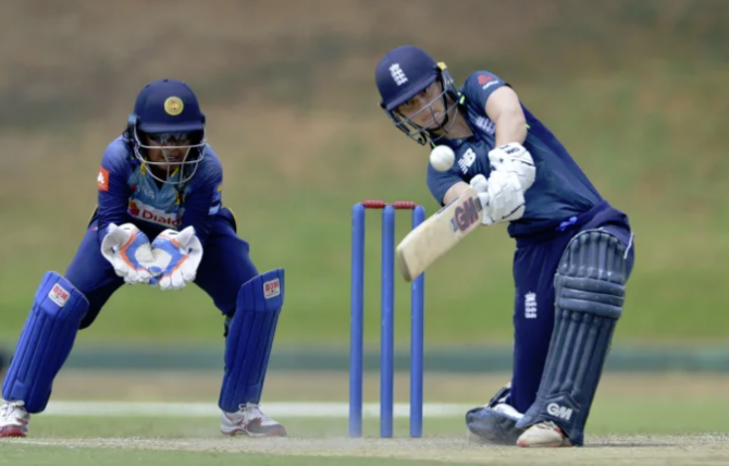 Women sport news - England Seal Comfortable Sri Lanka Series Win