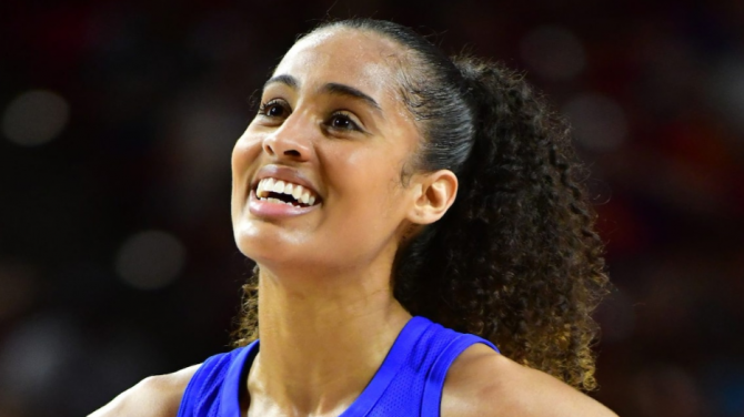 Women sport news - Four-time WNBA All-Star Acquired by Phoenix in Sign and Trade Deal