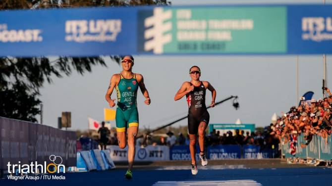 Women sport news - Holland crowned 2018 ITU World Champion as Gentle wins WTS Gold Coast thriller