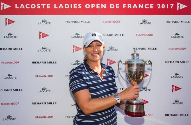 Women sport news - Kerr seals emotional victory at Lacoste Ladies Open