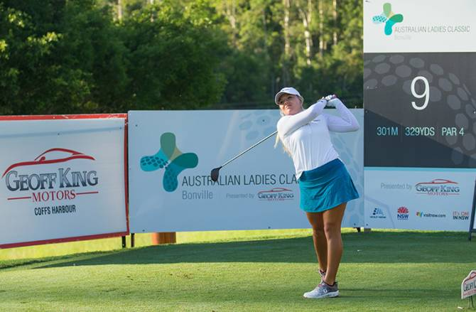 Women sport news - Lauren Stephenson takes first round lead at the Ladies Classic Bonville
