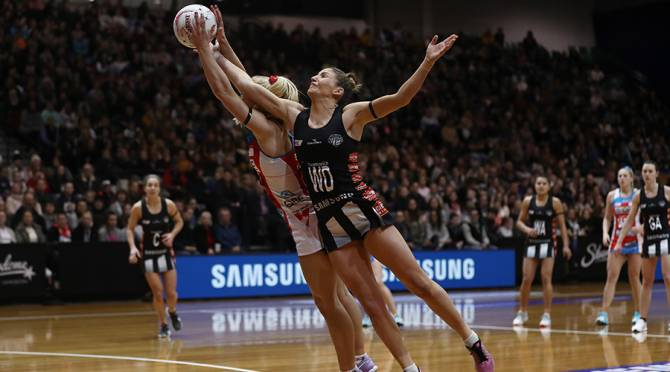 Women sport news - Magpies Upset Swifts Run Home