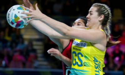 Women sport news - Australia fall one game short of a clean sweep first day