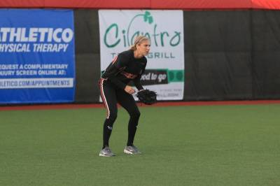 Women sport news - BANDITS BEGIN BUILDING 2016 ROSTER WITH RE-SIGNING OF MOSS