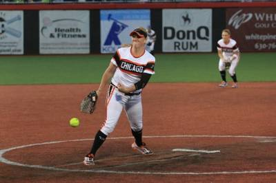 Women sport news - BANDITS FIGHT BACK; FALL TO RACERS IN EXTRA INNINGS