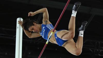 Women sport news - Ekaterini Stefanidi hits the heights