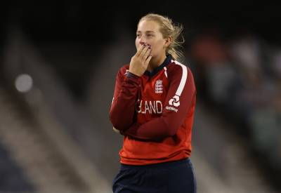 Women sport news - England Defeated In Final-Over World Cup Opener