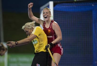 Women sport news - England into semi finals after completing Italian job