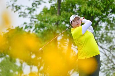 Women sport news - Feng and Choi still neck and neck in China