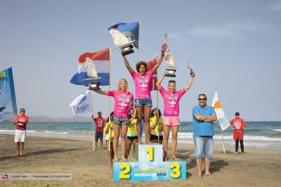 Women sport news - Freestyle Windsurfing: Sarah Quita Offringa secures her 11th world title