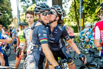 Women sport news - Giorgia Bronzini Delays Retirement For One More Season With Wiggle High5