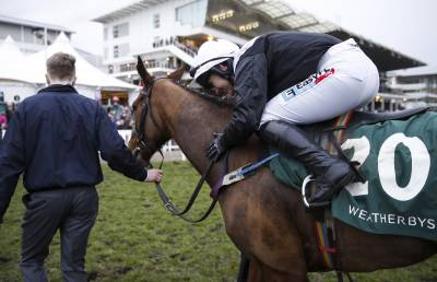 Women sport news - Katie Walsh wins on 25/1 shot Relegate in Champion Bumper