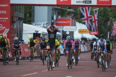 Women sport news - Kirsten Wild Wins Prudential RideLondon Classique