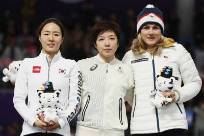 Women sport news - Kodaira speeds to Women's 500m Gold