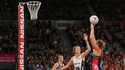 Women sport news - Lightning Beat The Vixens To Claim The Remaining Finals Place