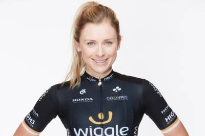 Women sport news - Nettie Edmondson Wins Opening Prologue Of BeNe Ladies Tour