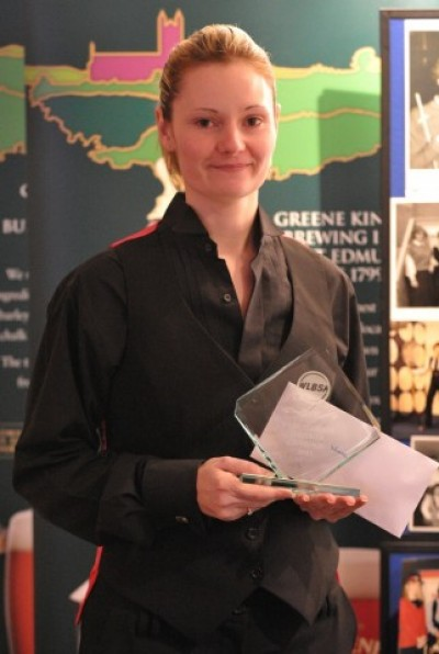 Women sport news - Reanne Evans In Seventh Heaven Win at Green King World Ladies Snooker Championship