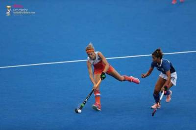Women sport news - Record breaking Netherlands top Pool A and Korea send Asian rivals China home
