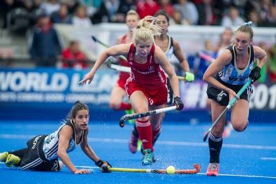 Women sport news - Richardson-Walsh double secures point against Argentina