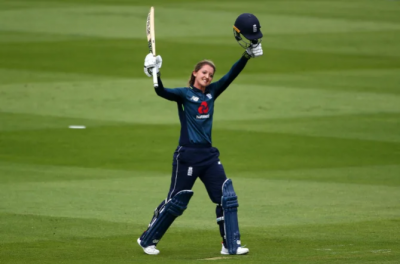 Women sport news - Sarah Taylor Retires From International Cricket