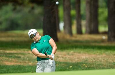 Women sport news - Shin shines in first round in Canberra