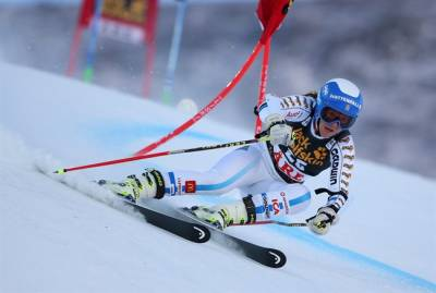 Women sport news - Tina Maze Wins Women's World Cup Giant Slalom