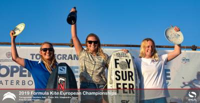 Women sport news - US's Daniela Moroz lifts the Open Formula Kite European title.