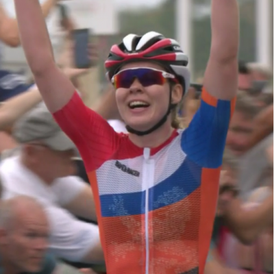 Women sport news - Van De Breggen wins the Women's Road Race