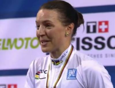 Women sport news - Wiasak take individual pursuit world title in france