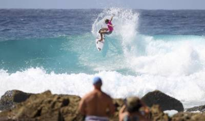 Women sport news - Women Go Next Level at Roxy Pro