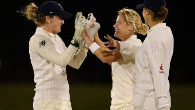 Women sport news - Women's Ashes Test: England look to make history