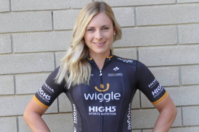 "Women sport news - Nettie Edmondson: The Santos Women's Tour ""Is Always A Crazy Vibe"""