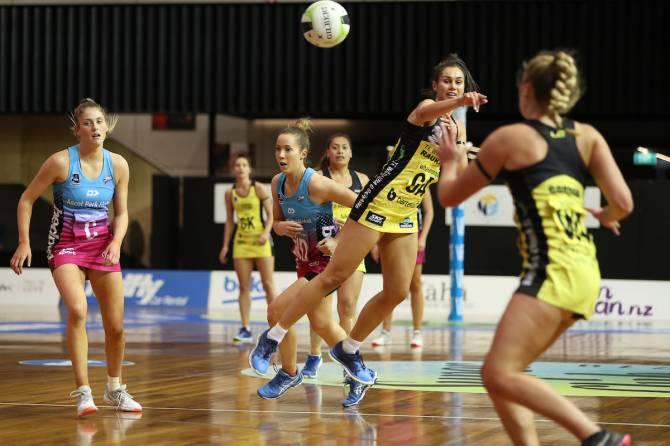 Women sport news - Pulse turn up the heat to clinch Super Club semi final