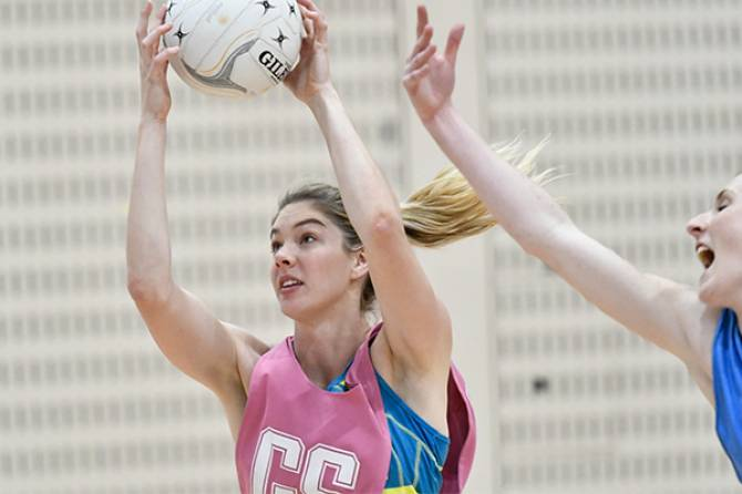 Women sport news - Stanton to replace Medhurst in Australian Fast5 team