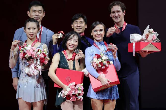 Women sport news - Sui/Han (CHN) skate to runaway victory on home ice