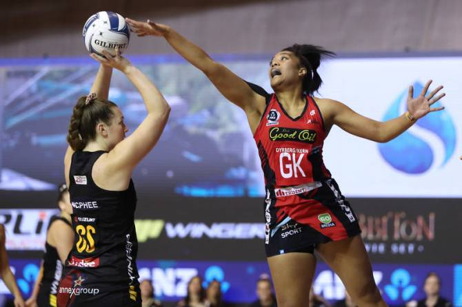 Women sport news - TACTIX BOUNCE BACK WITH FORCEFUL WIN OVER MAGIC